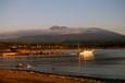 夕陽の中出漁