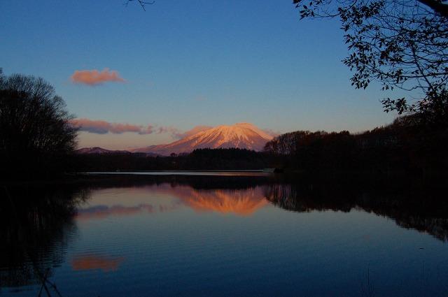 2008.11.24 四十四田ダムより 岩手山朝焼け